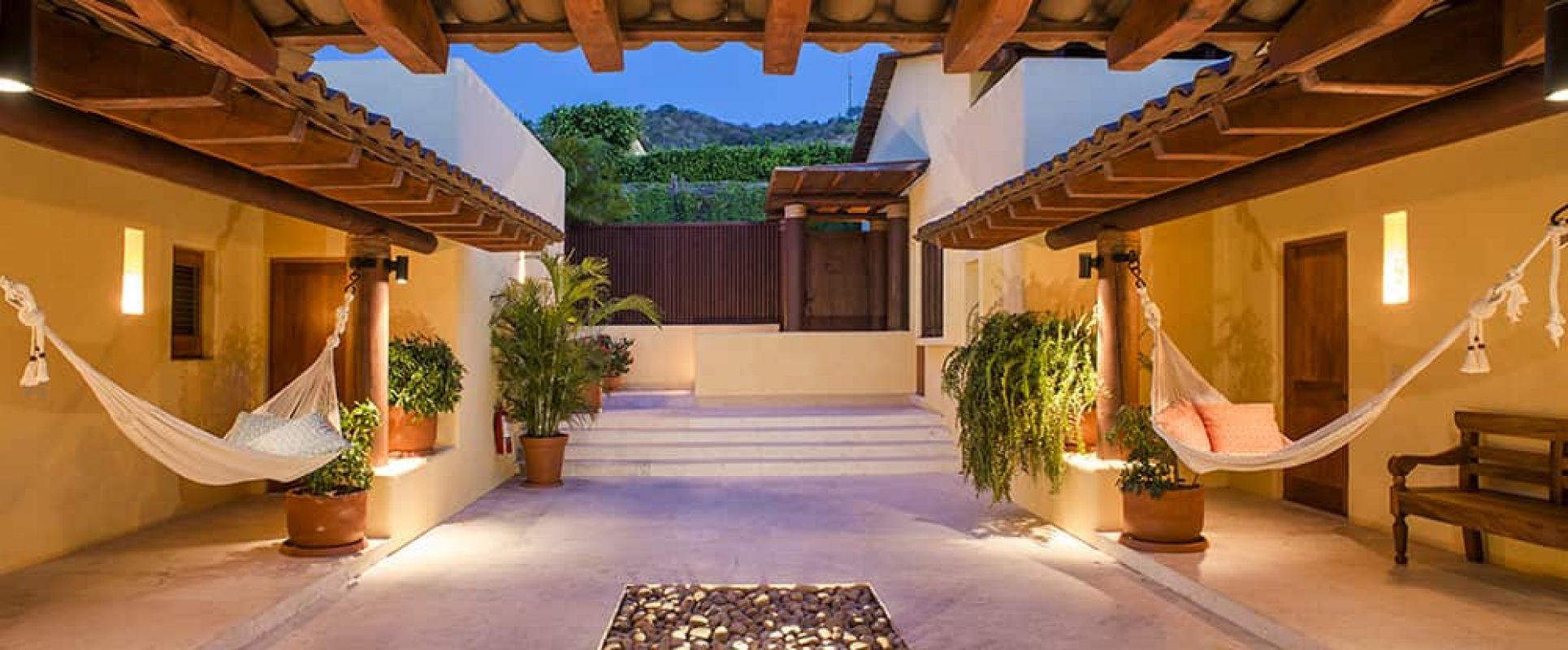 Four Seasons Private Villa Riva Photo